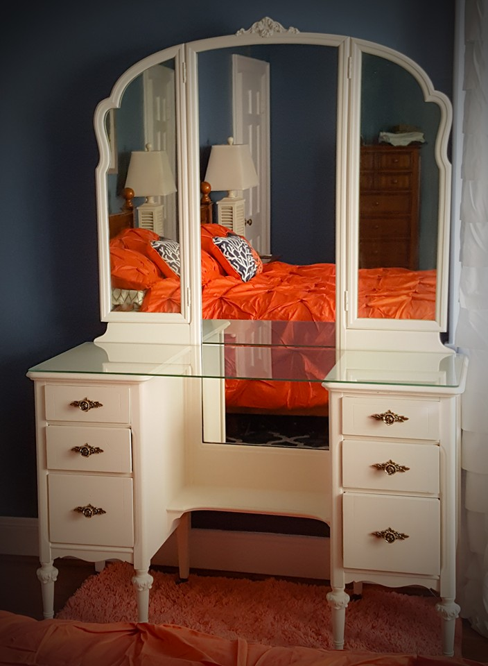 ... Custom Tabletop Glass And Mirror For Vanity Furniture In Chesapeake, ...