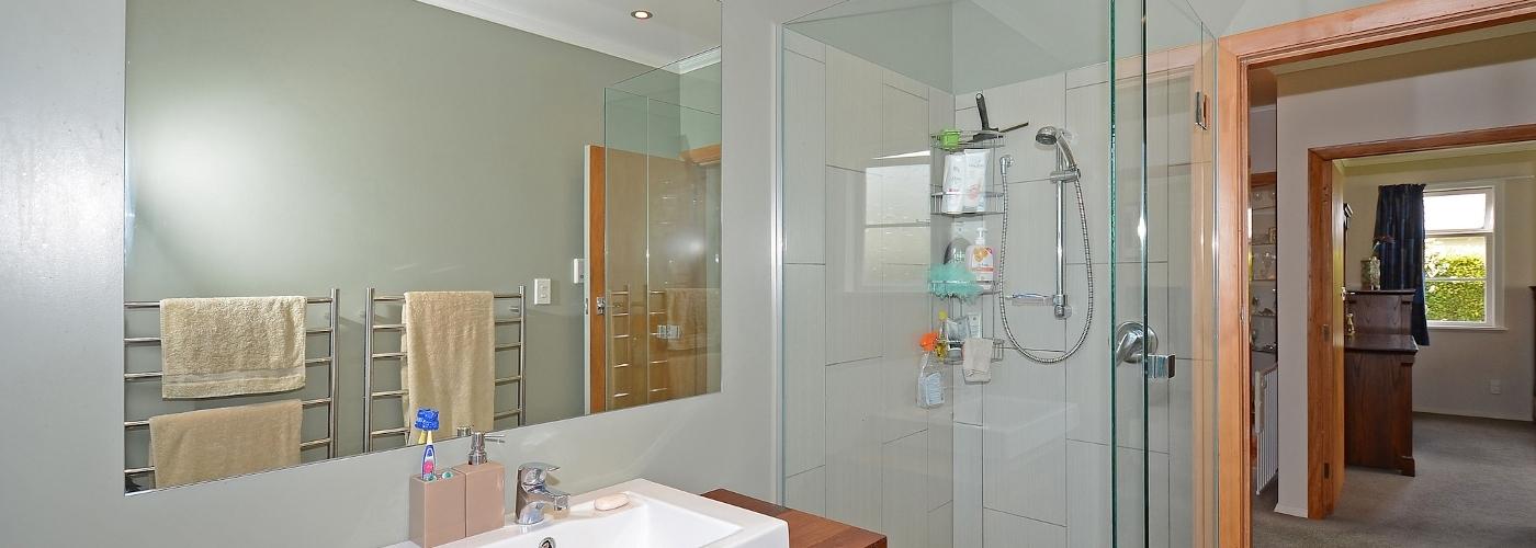 Bathroom Mirror - Glass Shower Enclosure - Portsmouth Glass